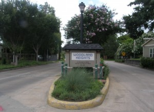 Woodland Heights Entry