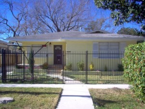 Duplex for rent near downtown Houston