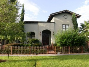 Mediterranean/Spanish style house for sale in Houston Heights