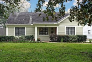 Available Homes in Garden Oaks
