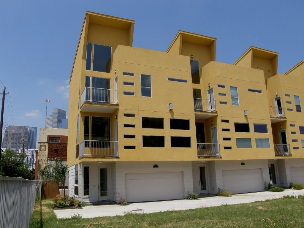 Contemporary houston townhouses for sale joy studio for Contemporary homes houston