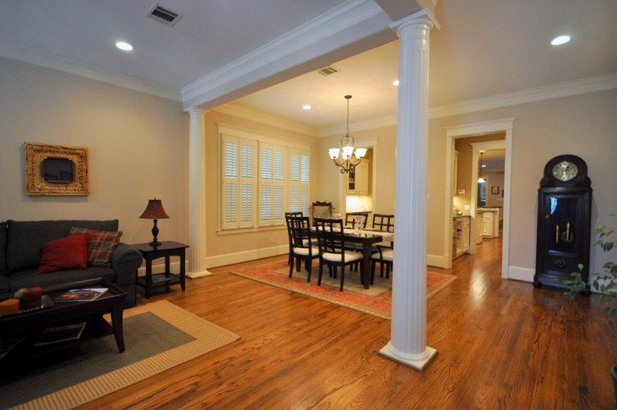 Recent construction heights home for sale rich martin for Living room columns