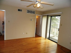 Single BR is Upstairs. 2 Walk-in Closets