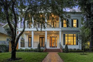 Houston Heights new home by Mazzarino Homes