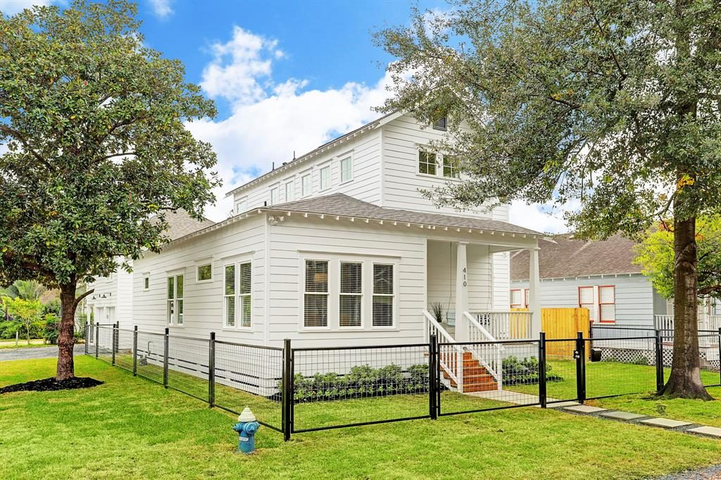 410 Tabor, a remodeled expanded Brooke Smith home